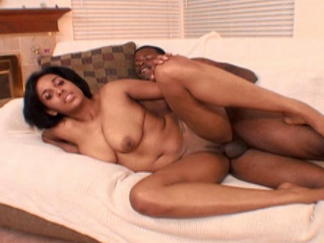 Kartier Love gets big dick in her fat ebony pussy