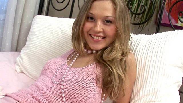 kinky-blonde-slovak-teenage-babe-trinity-showing-off-her-amazing-breasts_01