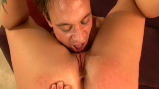 Lauren Phoenix gets her tight holes stretched