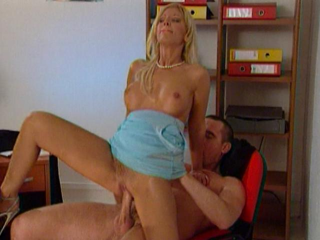 Long haired blonde office babe humping a massive schlong