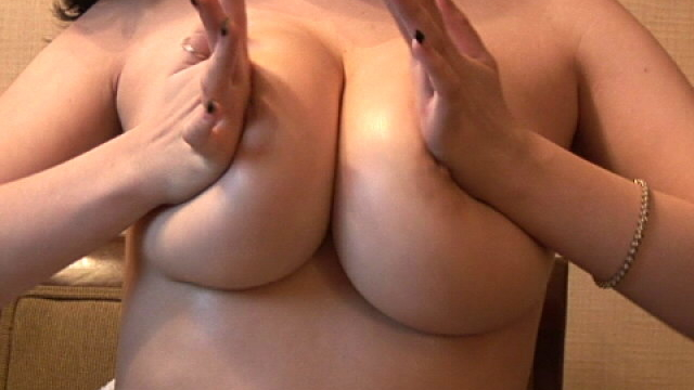 lustful-babe-haley-playing-with-her-giant-knockers-for-you_01