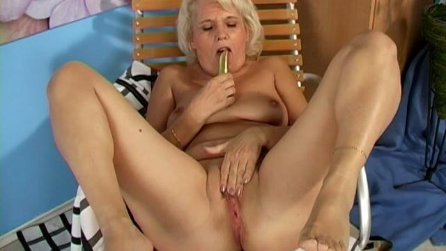 Lustful-blonde-grandmother-leona-fucking-a-dildo-hard_01