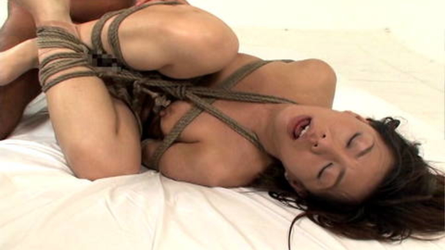 man-fucks-his-tied-up-and-submissive-sex-girl_01