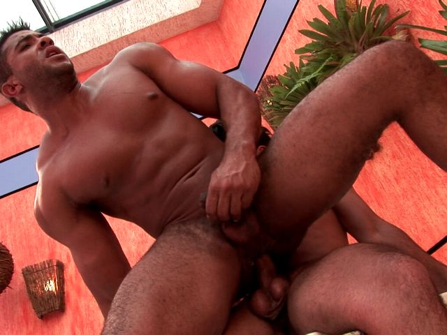 Masculine looking brunette amateur gay Dennys gets butt fucked by horny Douglas