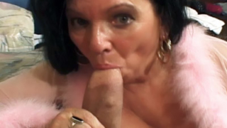 Mature Babe Goes All Out