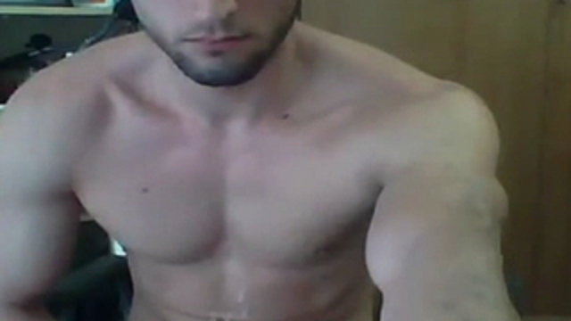 Me-jerking-off-with-nice-cumshot-on-my-stomach_01