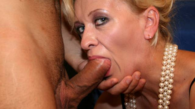 Milf-teaches-young-couple-to-fuck-hard_01