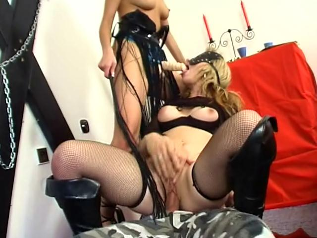 Mistress with dildo Junkova fuck her slave's pussy while she gets anally fucked in a threesome