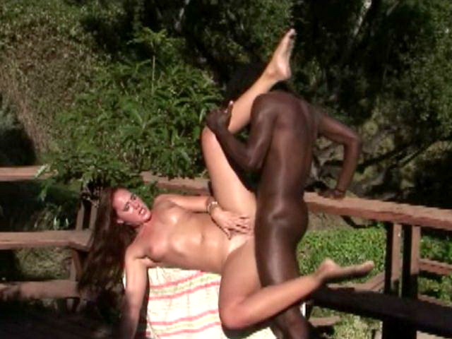 Naughty amateur nymphomaniac Lauren Phoenix gets pink twat hammered by a black dude outdoors