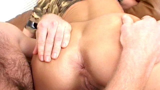 naughty-army-bitch-venus-gets-sexy-ass-spanked-and-licked_01-1