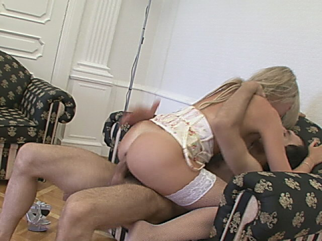 Naughty blonde babe riding anally a monster cock on the couch