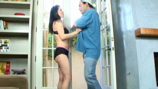 Naughty Brunette Mature Slut Rayveness Fucking Pizza Guy