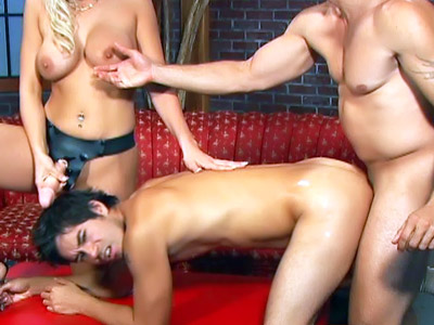 Nicki Hunter In a Bisexual Threesome