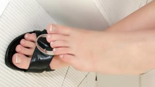 Pornstar Bianca Avalos Works Her Feet