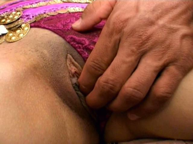Precious Indian whore Cavita gets pussy fingered and slurps two cocks