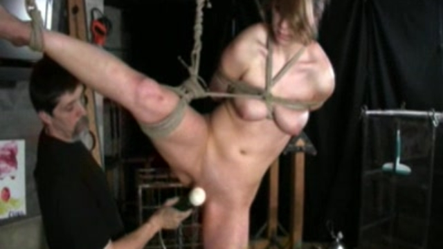 pussy-spanking_01