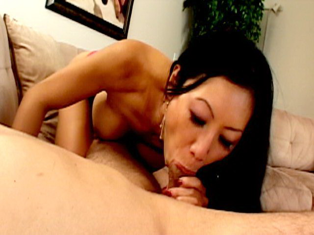 Seductive Asian minx Dia Zerva smoking with lust and sucking a giant dick