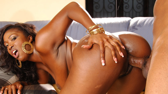 see-ebony-aryana-starr-fucked-by-black-cock_01