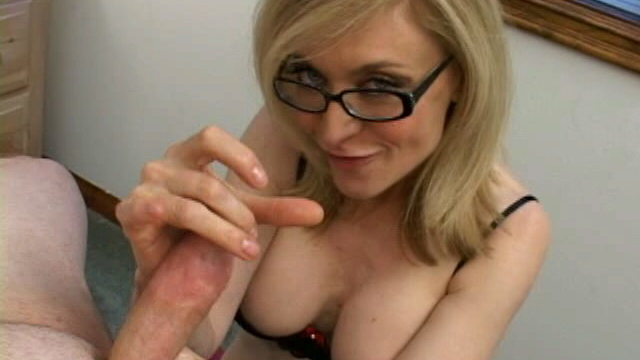 sensational-blonde-granny-in-glasses-nina-hartley-slurping-a-monster-dong_01