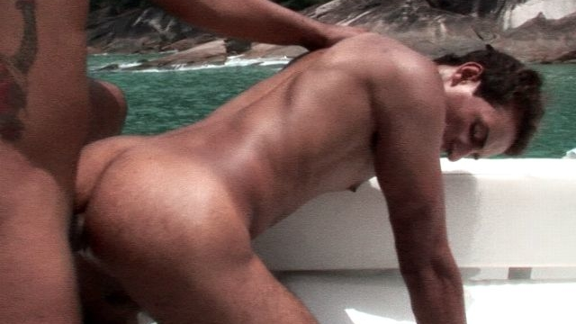 sensational-bronzed-gay-alan-getting-booty-smashed-doggie-by-matheus-on-the-boat_01
