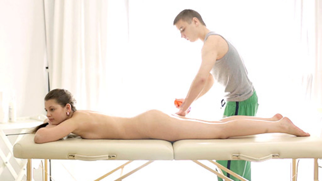 Sexy-nina-enjoys-laying-on-the-massage-table-with-the-therapists-cock-inside-her_01