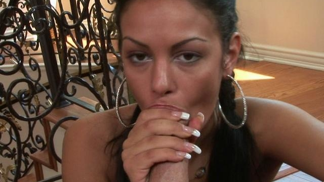 sexy-tanned-angelina-valentine-sucks-this-massive-prick_01-1