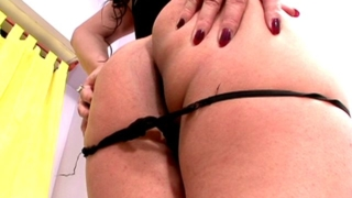 Sinfully Brunette Tranny Girl Lucrecia Gets Mouth Fucked By A Large Dick