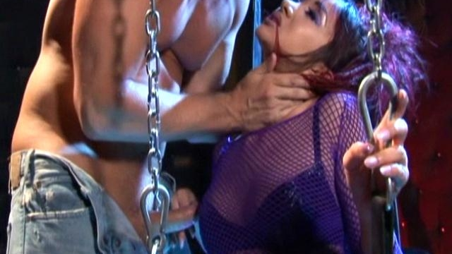 slave-in-chains-taylor-rain-gets-fucked-while-caged-katsuni-watch_01-1