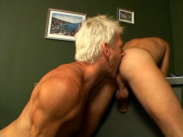 Smiling twink Casper sucking a massive boner on his knees in a threesome GoGo Twinks XXX Porn Tube Video Image