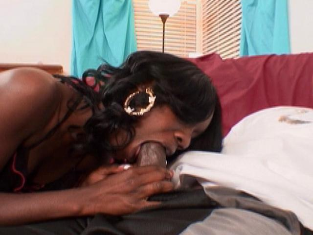 Sole Dior makes her boyfriend's cock rock hard by sucking it