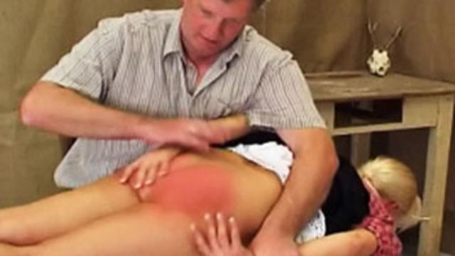 spanking-katja_01