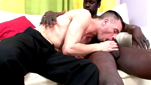 Sweet-brunette-young-gay-john-sucking-canus-impossible-black-penis-on-the-couch_01-1