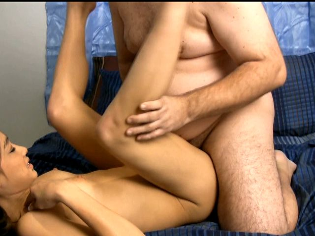 Sweety amateur stunner Ariel Rose getting pounded by a fat dude