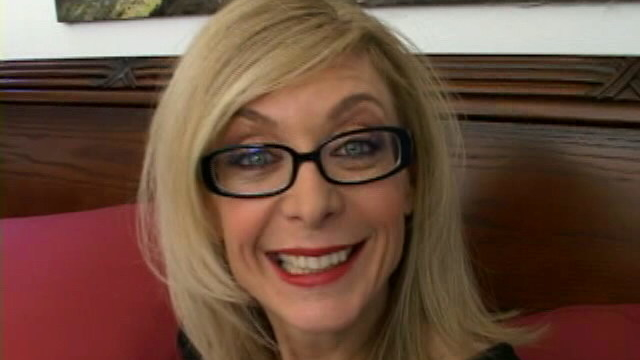 sweety-blonde-granny-in-glasses-nina-hartley-talking-dirty-in-the-bedroom_01