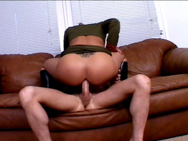 Tattooed army bitch Georgia Peach riding anally a big schlong