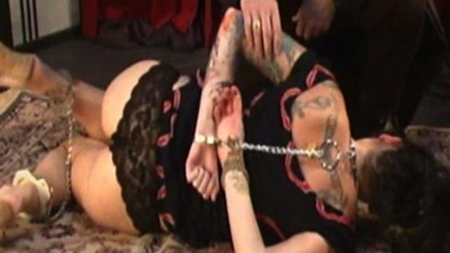 Tattooed-krissy-spanked_01