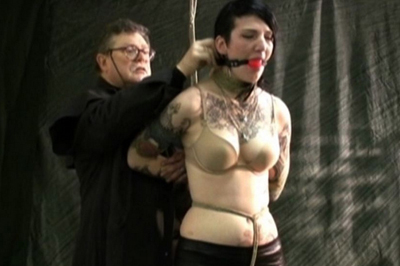 Tattooed slave Ava tied