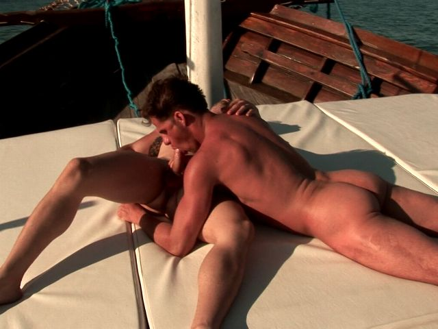 Tempting brunette gay Arcanjo sucking Eduardo's huge phallus outdoors