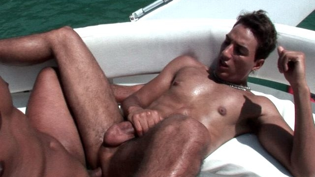 tempting-tanned-twinks-alan-and-matheus-having-anal-sex-on-a-boat_01