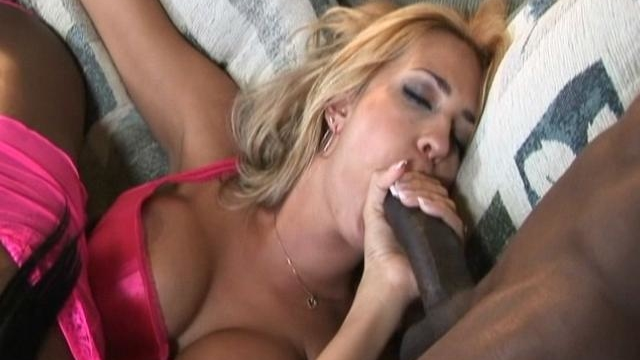 trina-michaels-is-sucking-this-black-cock-while-jada-fire-is-playing-with-her-juicy-pussy_01