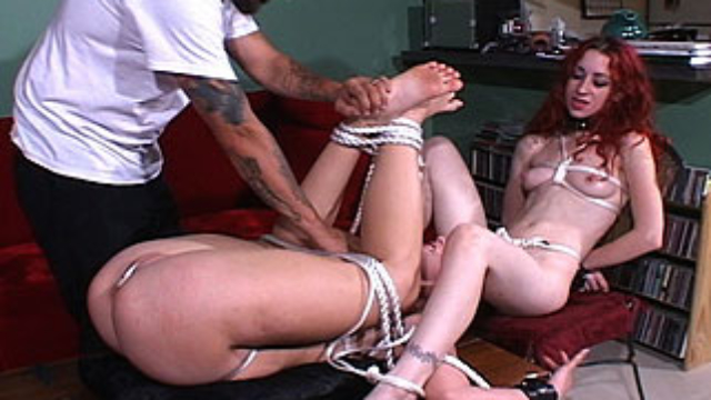 two-babes-in-bondage_01