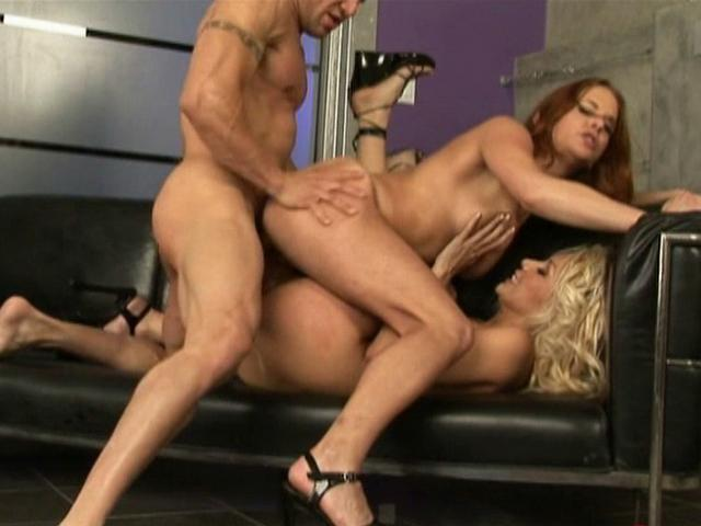 Two busty and fit pornstars Alex Delmonaco and Gabriella Banks suck this big white prick