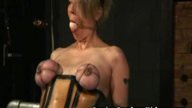 Unique-breast-tieup_01-1