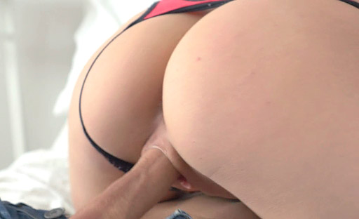 Vikki enjoys her virgin sex with hot stud whne she turned 18 years old