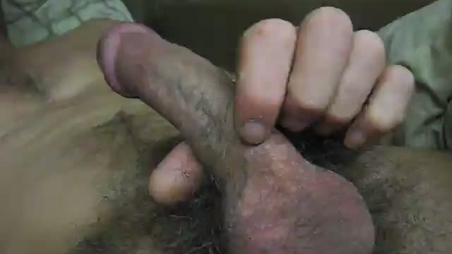 Wank-in-the-van-amateur-gay-video_01