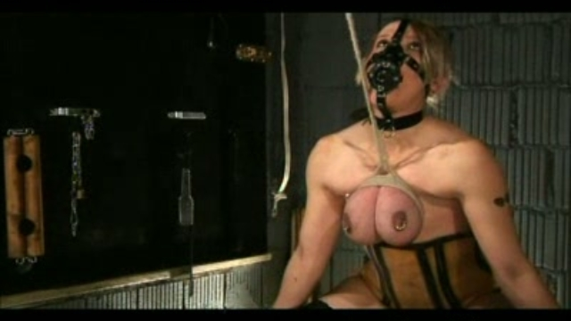 whipping-my-slave_01-1