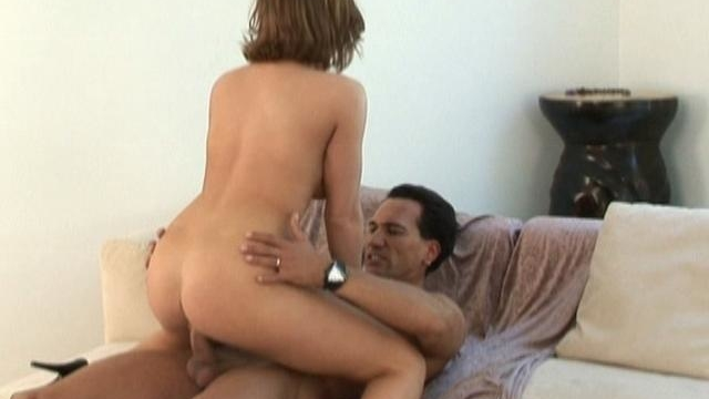 wild-eve-laurence-takes-this-big-white-cock-in-her-snatch_01