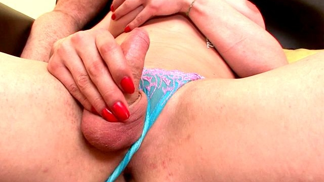 winsome-redhead-shemale-bitch-karla-wanking-cock-while-getting-mouth-fucked-by-a-monster-shaft-on-the-couch_01