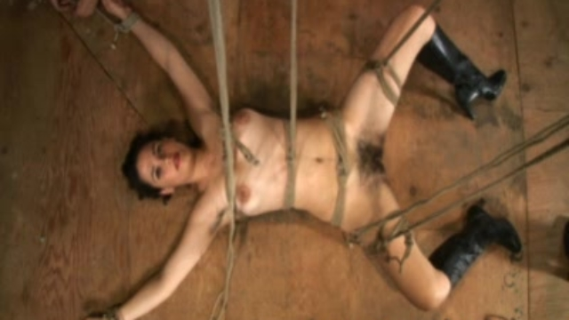 zayda-is-bondage-brazilian_01-2
