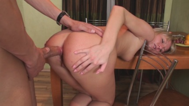 Zina-decided-that-the-kitchen-was-a-perfect-place-to-fuck_01-3